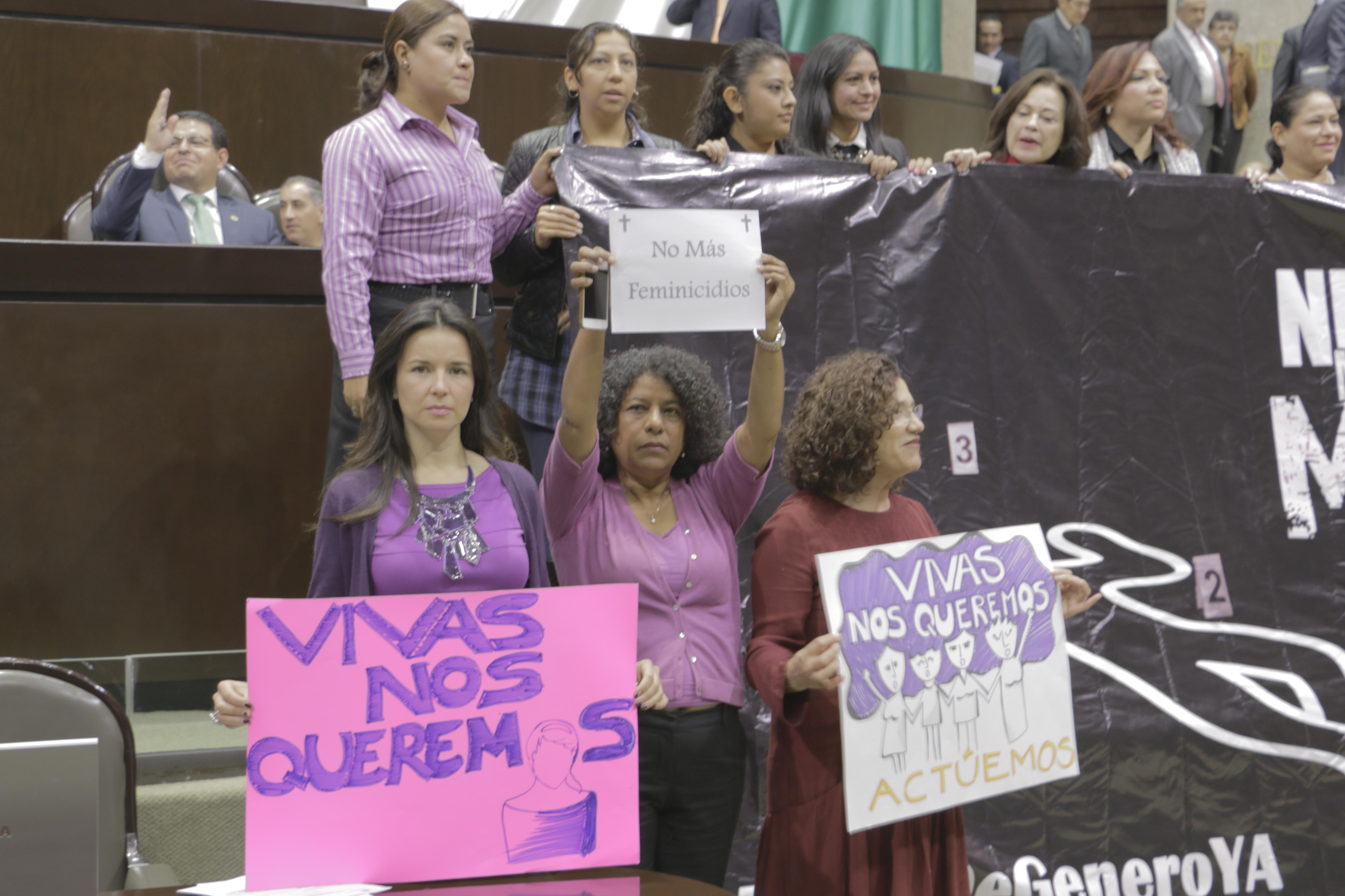DIPUTADA CANDELARIA OCHOA ÁVALOS URGE AL GOBIERNO DE ENRIQUE PEÑA NIETO, A TOMAR ACCIONES INMEDIATAS PARA HACER FRENTE AL FEMINICIDIO