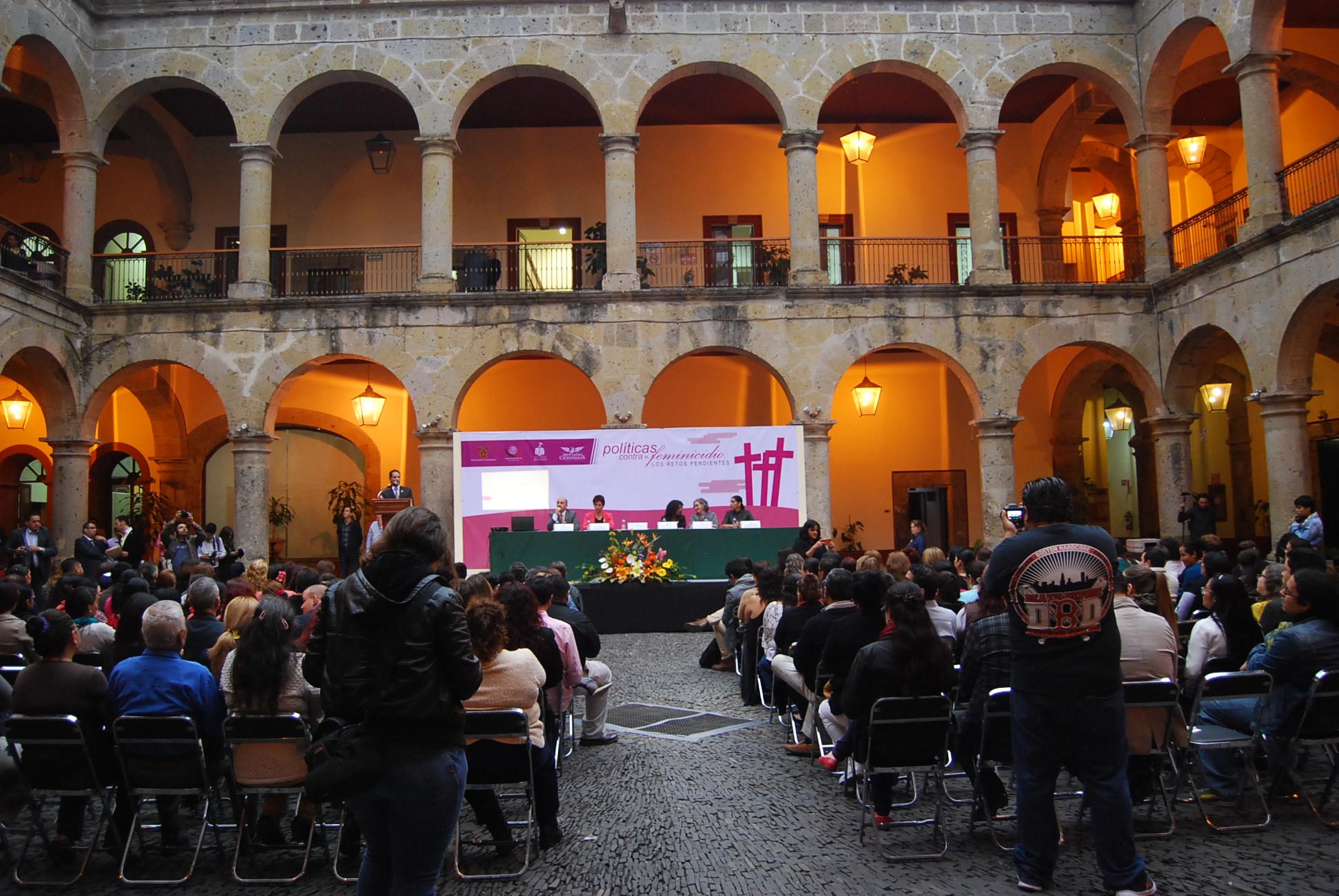 """CONCLUYÓ CON GRAN ÉXITO EL CICLO DE CONFERENCIAS  """"POLÍTICAS CONTRA EL FEMINICIDIO: LOS RETOS PENDIENTES""""  ORGANIZADO POR DIPUTADAS CIUDADANAS"""